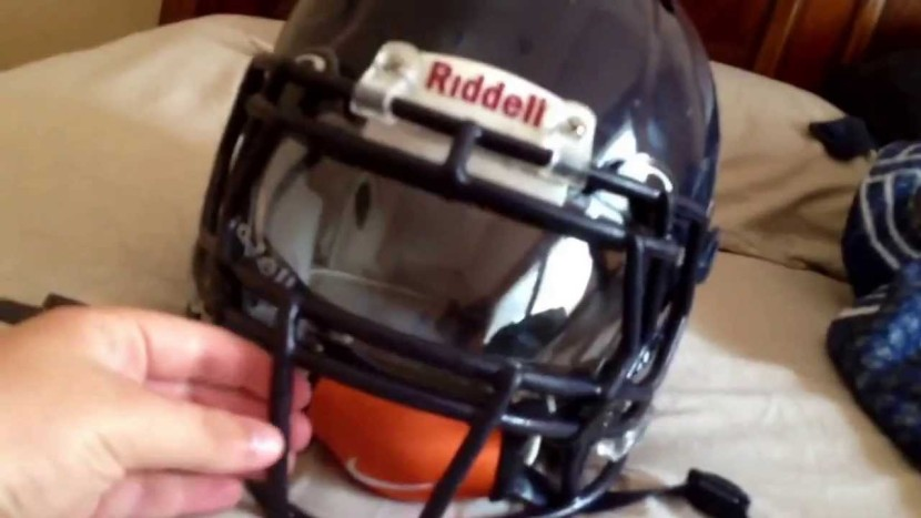 Blue Revo Speed Helmet With Robot Facemask And Oakley Visor Youtube