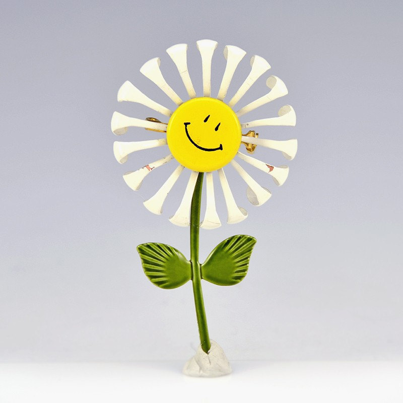 Smiley Face Flower Pin Enamel Daisy Yellow Whitewilsonandteal